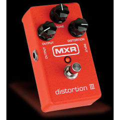 MXR Distortion III (M115) Pedals MXR www.stevesmusiccenter.net
