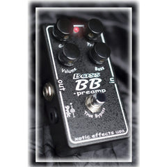 Xotic Bass BB Preamp Pedals Xotic www.stevesmusiccenter.net
