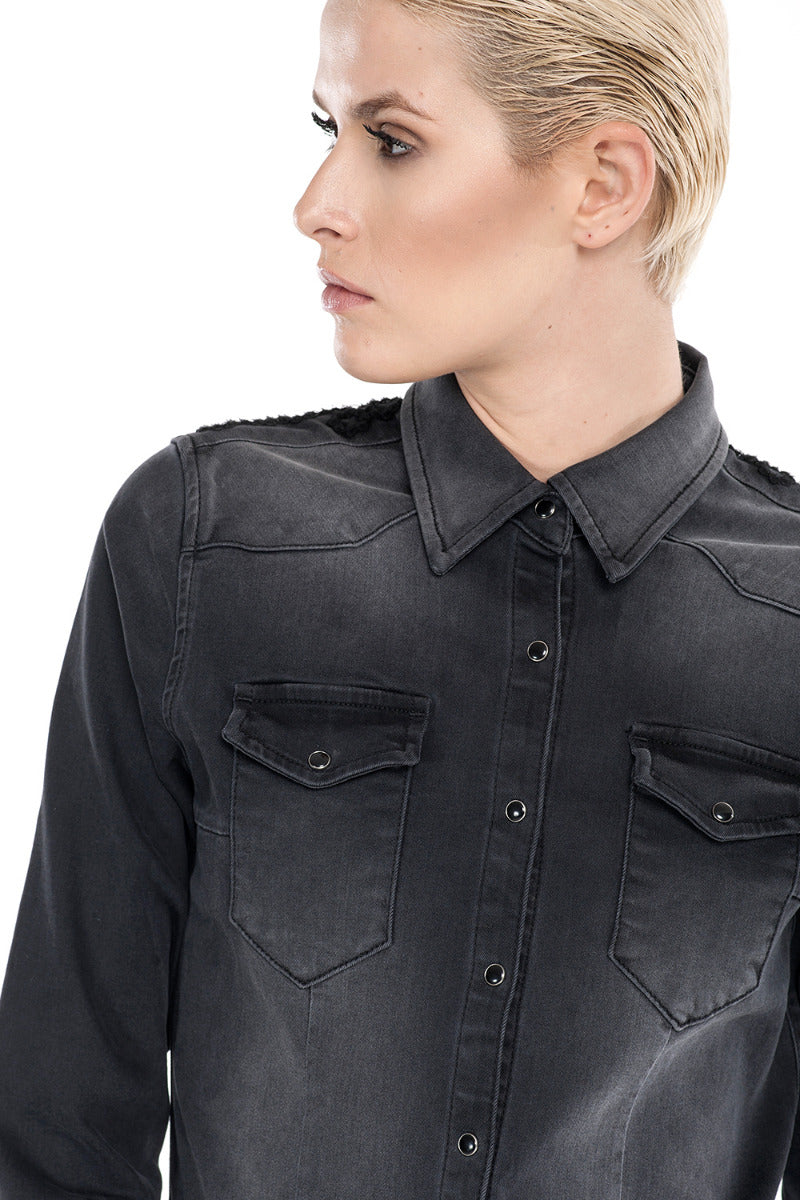 Camicia in denim nero con ricami sul retro GIVENA