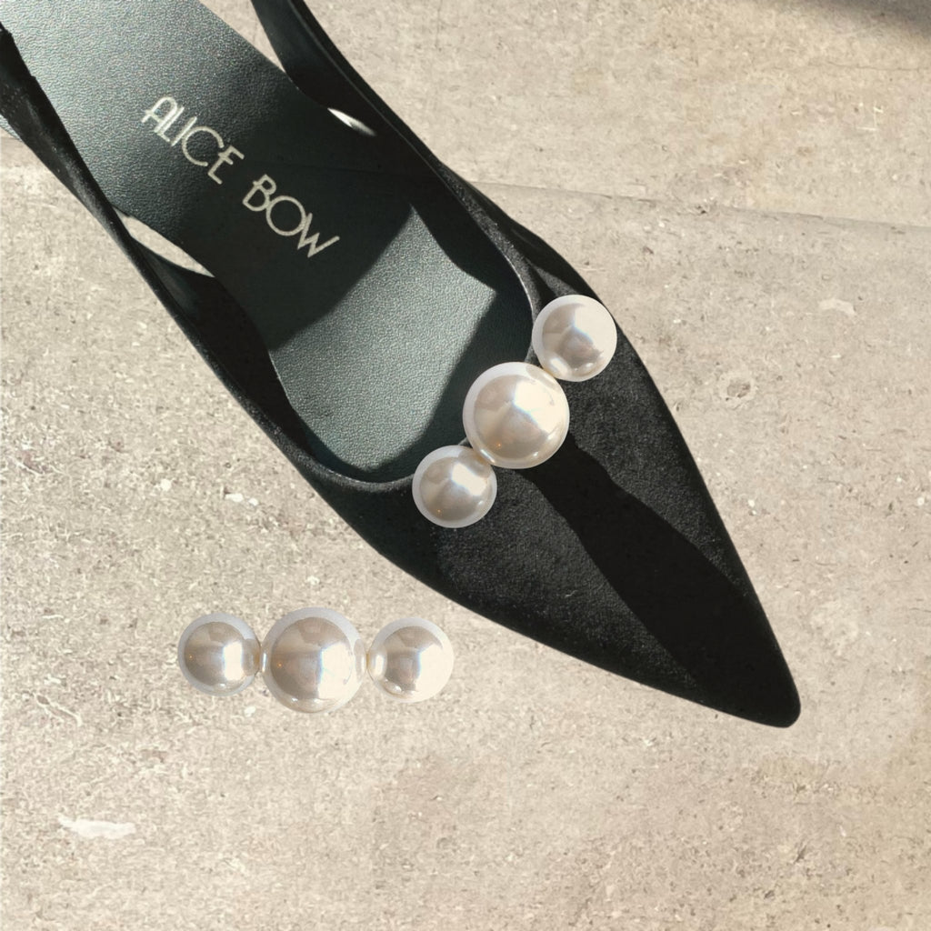 Three Pearl Shoe Clips - Alice Bow