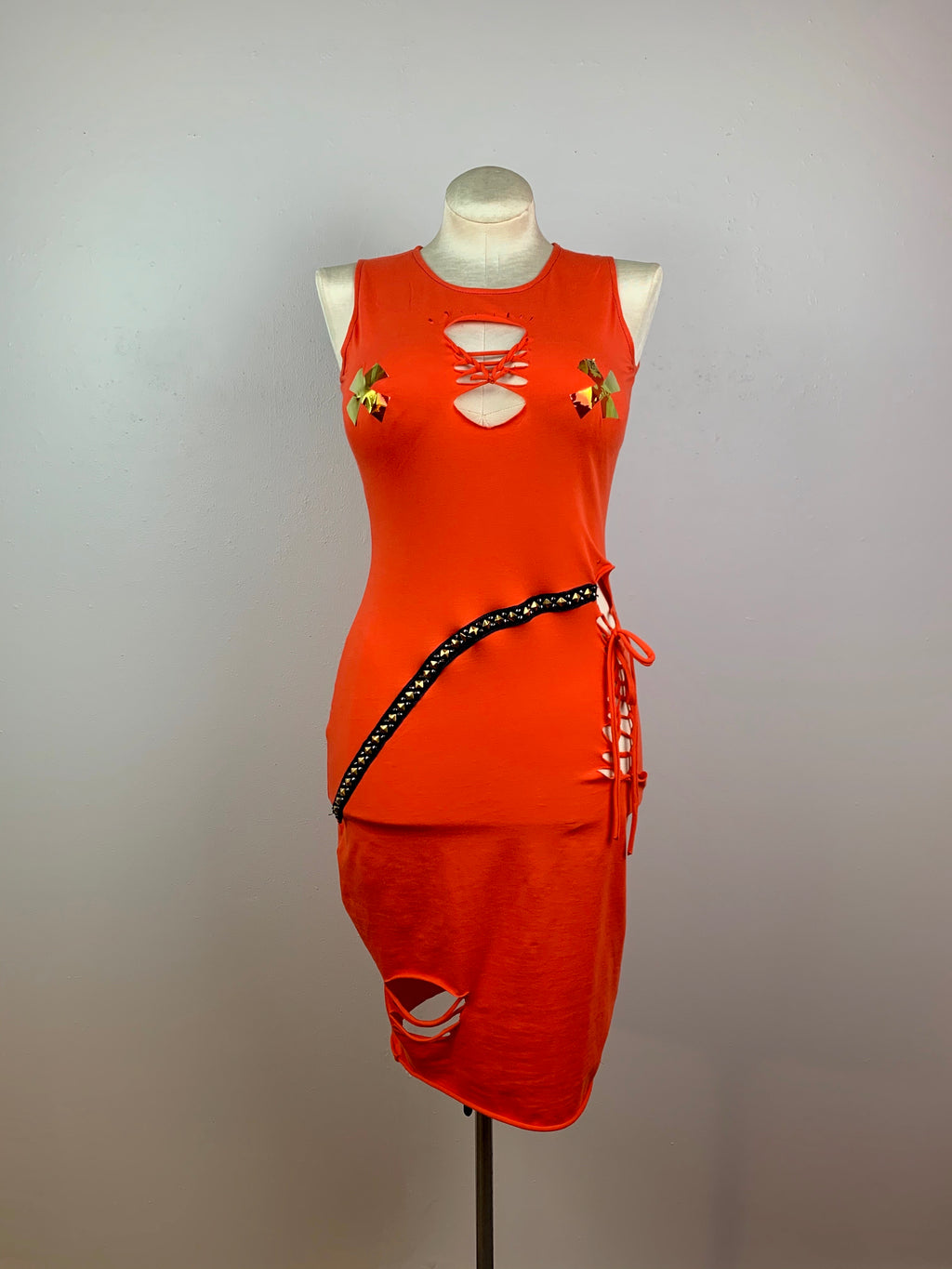 Peachy punk body-con dress • Size M