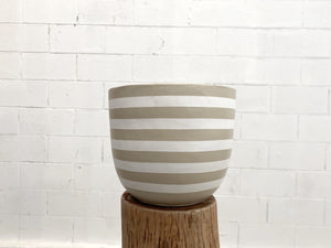 Load image into Gallery viewer, Bold Pinstripe Pot