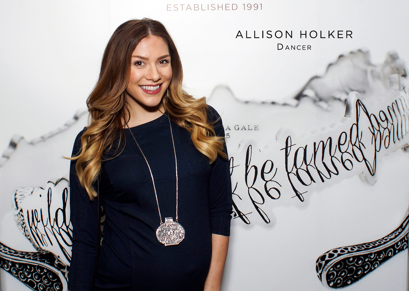 Allison Holker fashion style