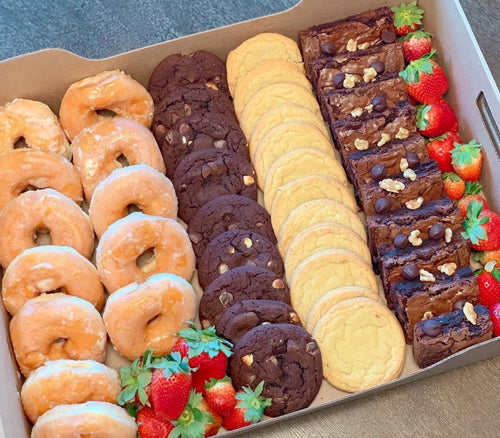 dessert box, sugar box, corporate catering, miami, overwood, donuts