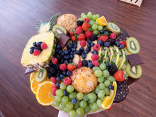 Load image into Gallery viewer, fruit platter for gift, edible gifts, edible arrangements, edible gift, fresh fruit