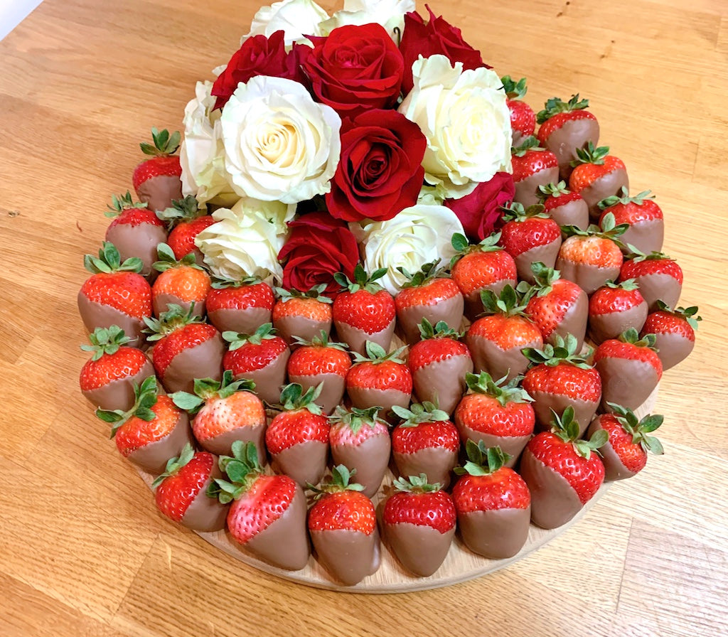 edible gift, strawberry, chocolate dipped strawberries, flowers, gift. fruit platter