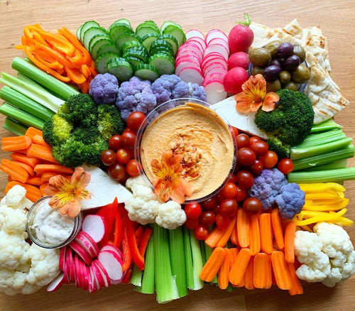 crudités platter, vegetable platters, vegetable board, overwood, grazing table, vegetarian platter, vegan platter