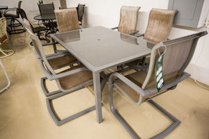 Refurbished Rectangle Dining Table With 6 Chairs