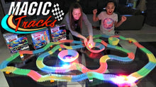 Load image into Gallery viewer, Magic Tracks - Racetrack with LED Racing Car