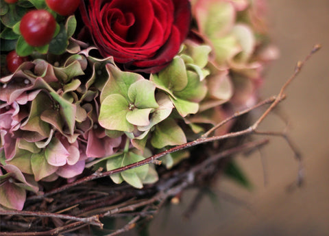 Red rose autumnal wedding