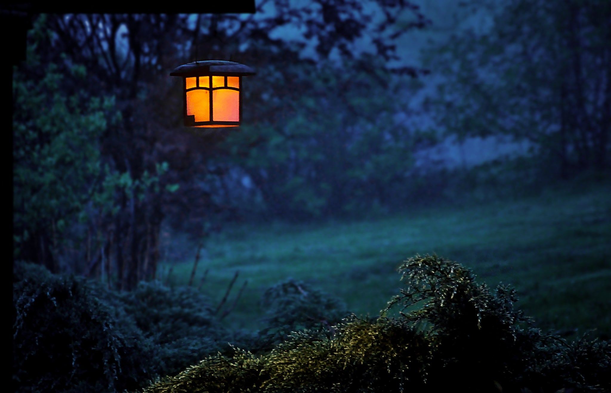 How to achieve great landscape lighting on a budget 12vmonster the cost of landscaping and landscape lighting however might be a considerable deterrent to most people who desire to create a beautiful aloadofball Choice Image