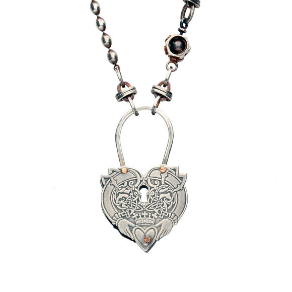 Rewind Heart Keyhole Link Chain Necklace NUNQ0001461