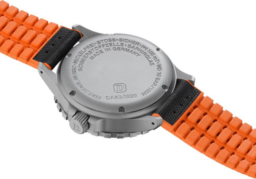 Damasko Watch DA 43 Robby Black Orange