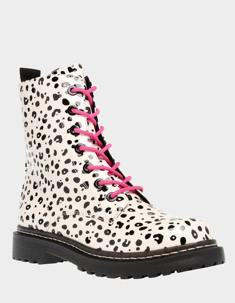 Betsey Johnson Elite Boot S040