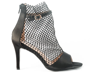 A gorgeous satin black heel, a modern urban take on a elegant style. This open-toe heel features a mesh upper embellished in clear crystals. In New Orleans at Shoe be Do