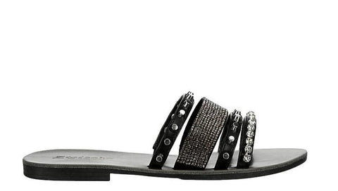 Add some Boho chic style to your ensemble with this Zigi Soho Aiza slide. The synthetic upper has a banded construction with decorative metal accents and rhinestones for a modern, high fashion style. In New Orleans at Shoe Be Do.