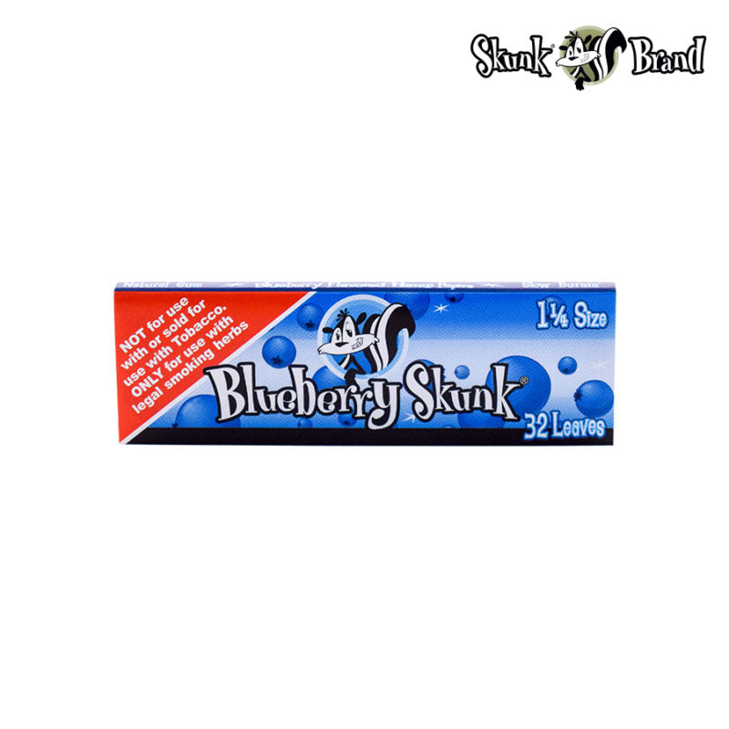 SKUNK BLUEBERRY ROLLING PAPERS 1 1/4 SIZE