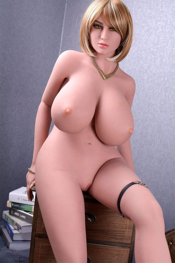 Onyx: Busty Big Ass Chubby MILF Love Doll - Dollzzz.com