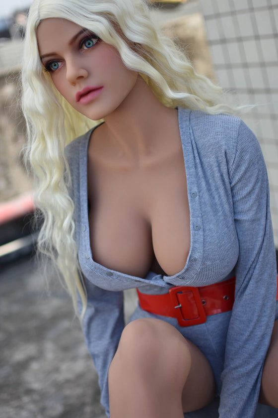 Jynx: Natural Shy Blonde Teen Fuck Doll - Dollzzz.com