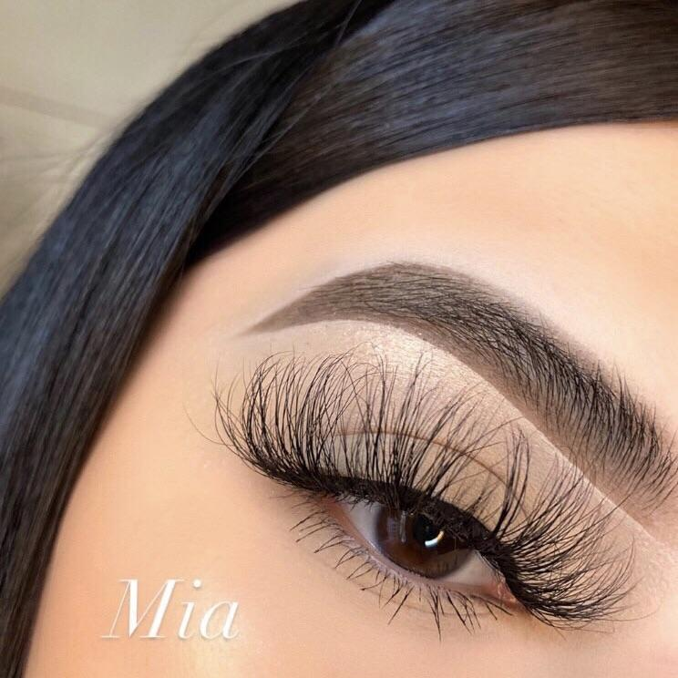 Mia - CB Lash Co.