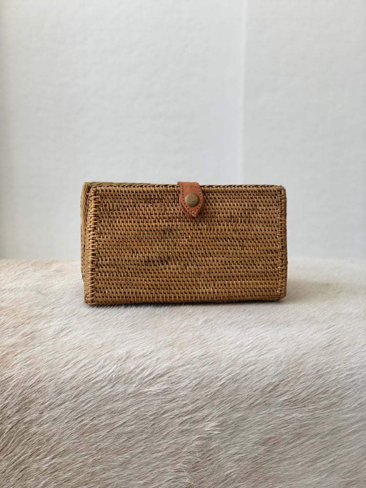 Beach Gold clutch