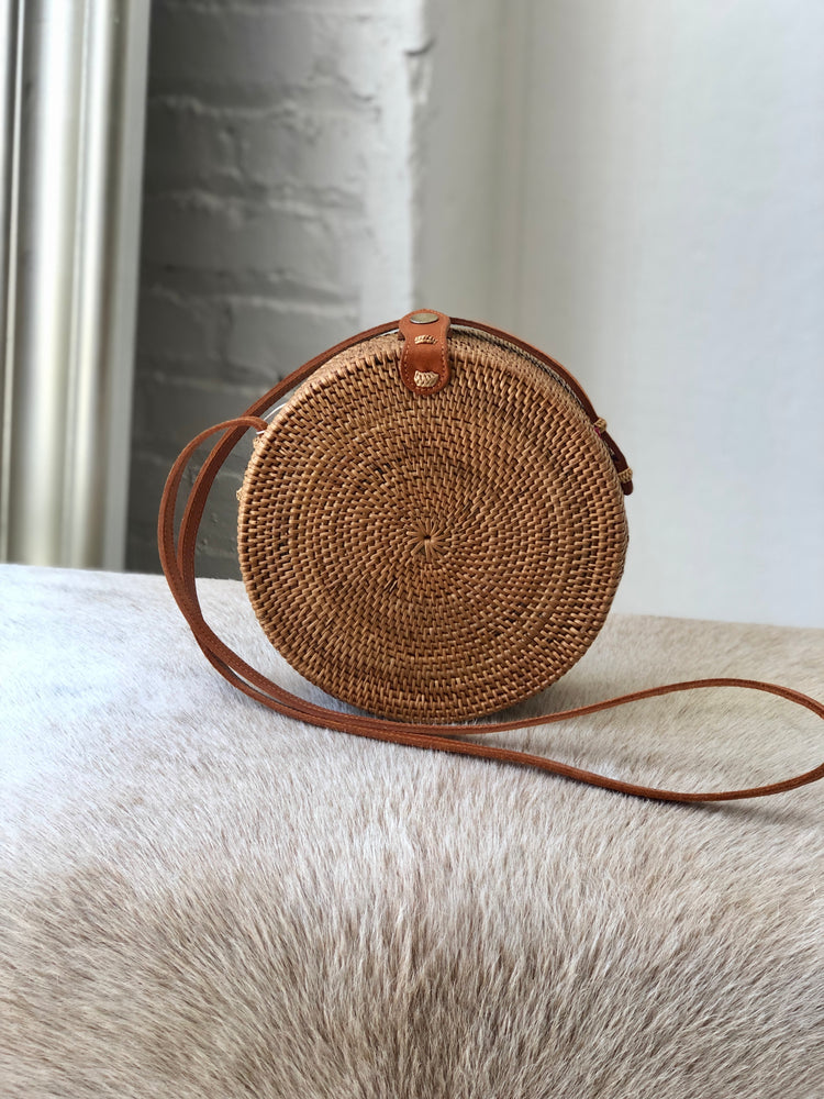 Beach Gold circle bag