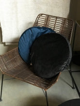 Load image into Gallery viewer, Round velvet pillow night blue - Zetuké Home Decor