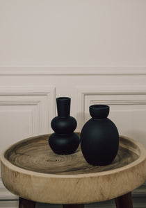 Black vase sphere design