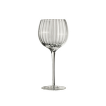 Load image into Gallery viewer, Wine glass striped set of 6