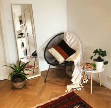 Load image into Gallery viewer, Egg chair black - Zetuké Home Decor