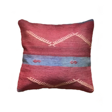 Load image into Gallery viewer, Kilim pillow Mwanga - Zetuké Home Decor