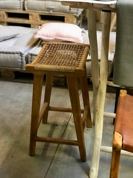 Bar stool wood and rattan seat - Zetuké Home Decor