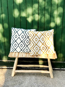 Pillow white with blue/green patterns - Zetuké Home Decor
