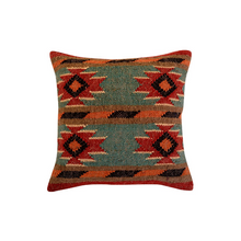 Load image into Gallery viewer, Kilim pillow Jiometro
