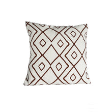 Load image into Gallery viewer, Cushion cover white with brown/red patterns - Zetuké Home Decor