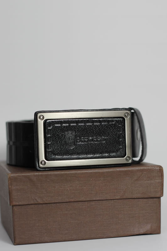 DonBerry Embossed Leather Belt