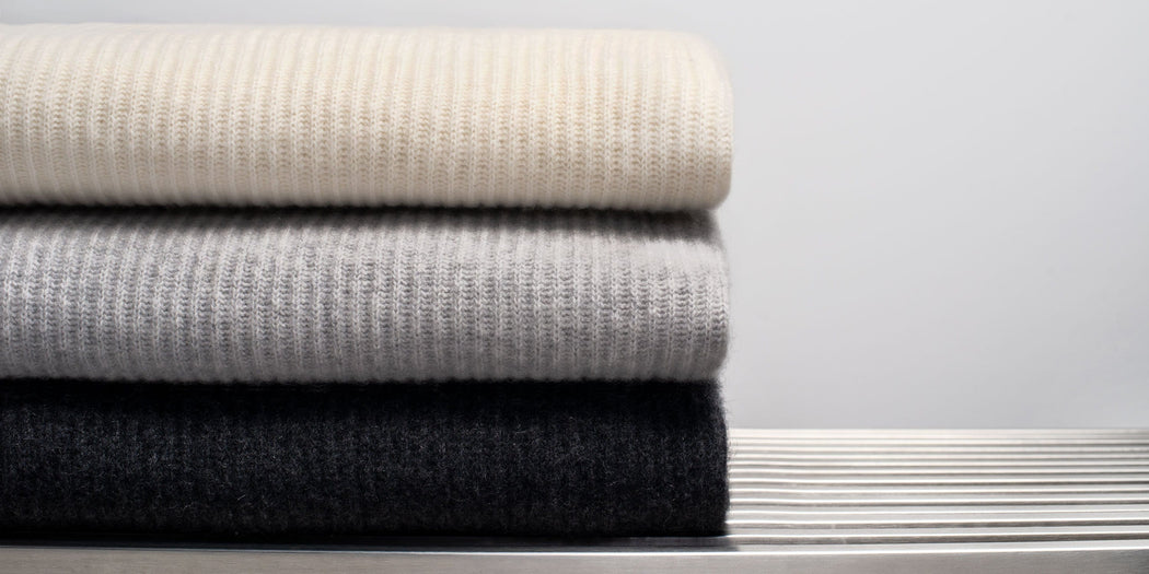 Ribbed Cashmere Throw - Ivory
