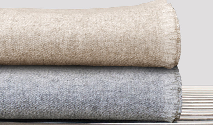 Double Sided Cashmere Throw - Oatmeal / Ivory