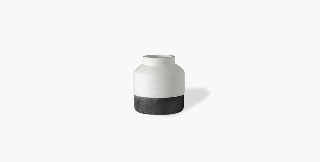 Cotes Vessel - White on Black Sandstone - thumbnail 3
