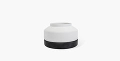 Cotes Vessel - White on Black Sandstone