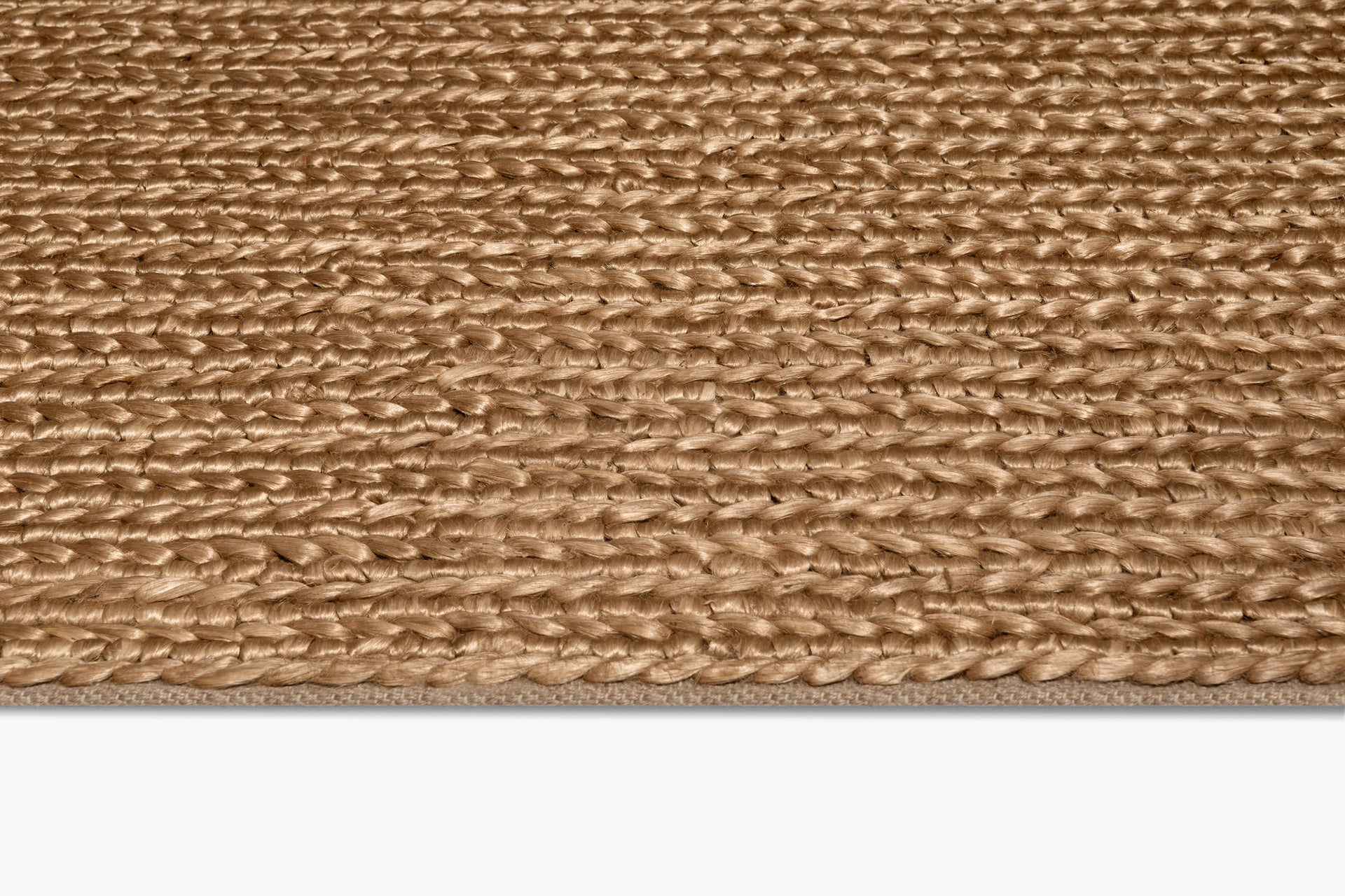 Chunky Hand–Braided Jute Rug – Honey