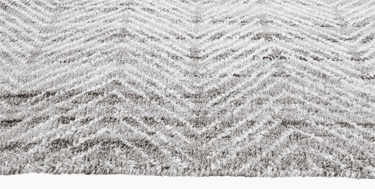 Alia Rug – Silver / White - color option