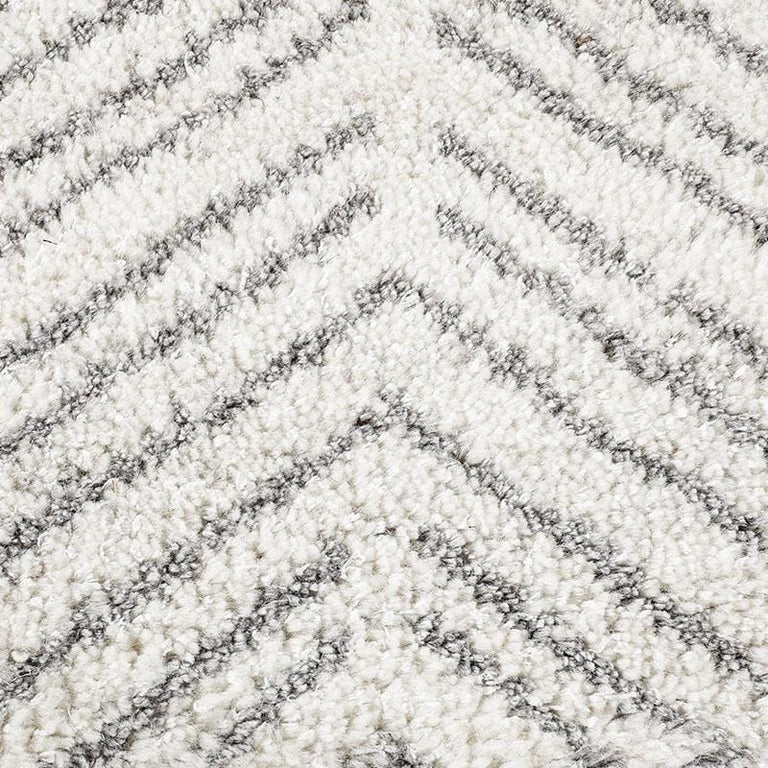 Alia Rug – White / Silver - color option