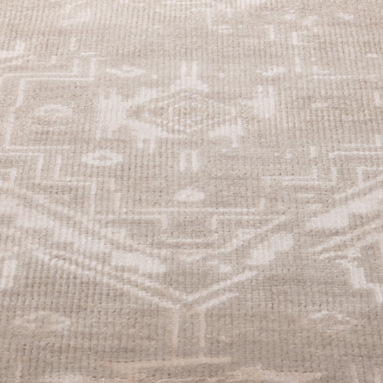 Venza Rug – Sand - color option