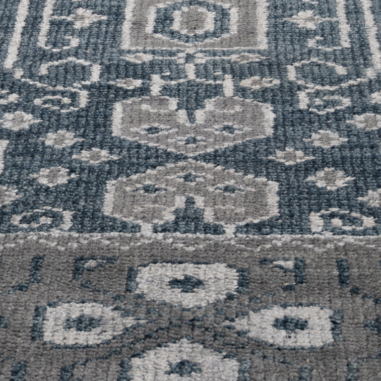 Mariposa Rug – Indigo - color option