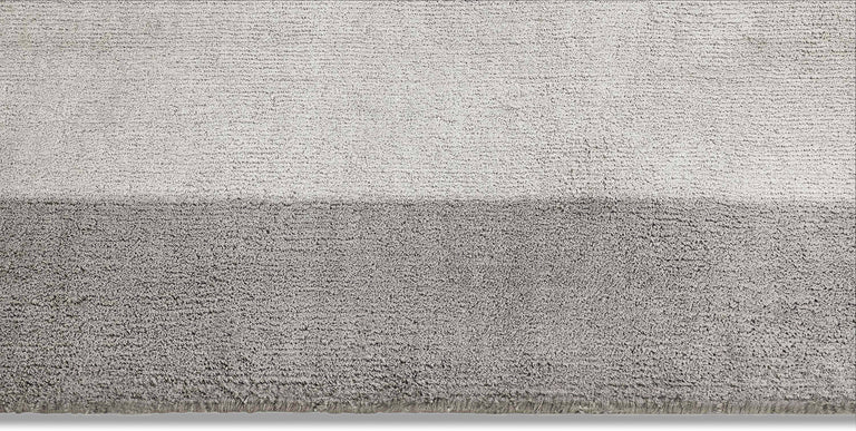 Silk Marca Rug – Silver - color option