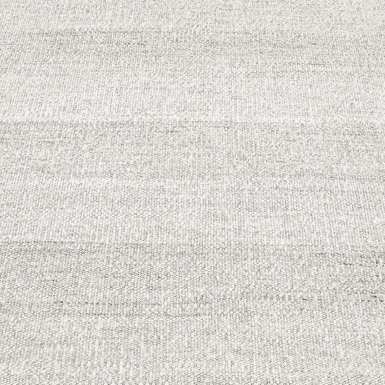 Alterno Rug – Silver - color option