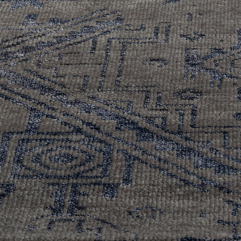 Venza Rug – Dark Grey / Navy - color option