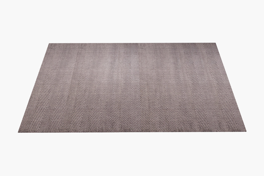 Andra Rug – Carbon / Brass
