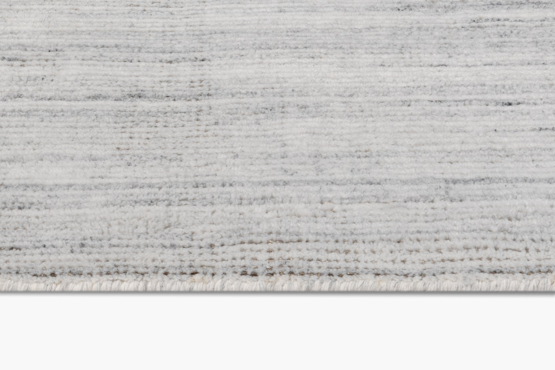 Performance Distressed Rug – Ivory / Truffle